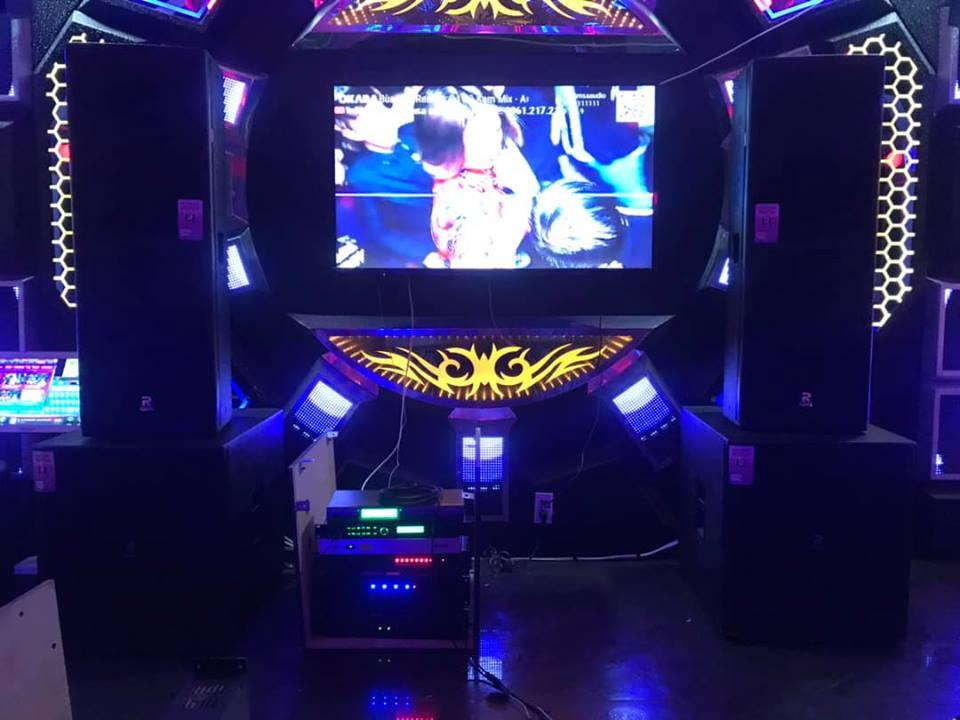 Loa karaoke Ramsa R215